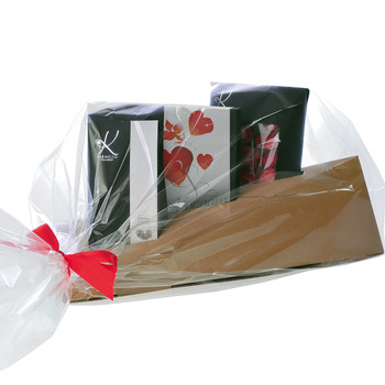 TRIANGULAR BOX WITH CHOCOLATE SELECTIONS